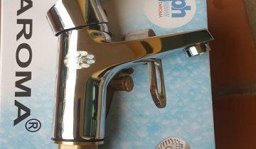 vòi chậu rửa mặt nóng lạnh 1 lỗ taroma