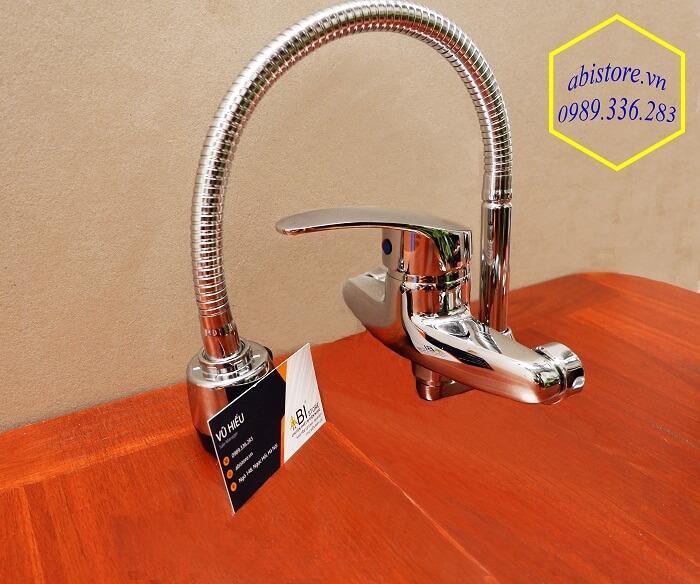 vòi rửa bát nóng lạnh cắm tường giá rẻ 1